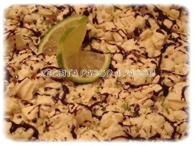 torta de limão com chantilly e chocolate