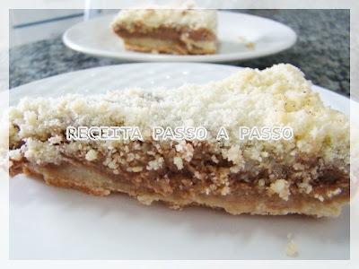Bolo Farofa (Recheio de Creme de Chocolate)