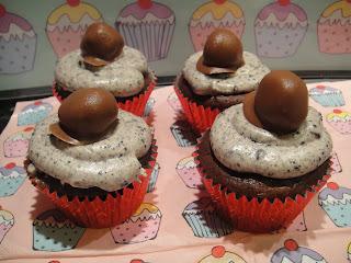Oreo Cupcakes with Oreo Truffles