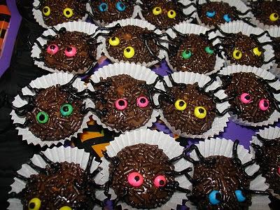 Brigadeiros Convidados pra Festa de Halloween