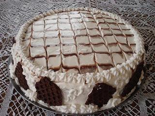 como fazer chantilly com leite condensado em bolo
