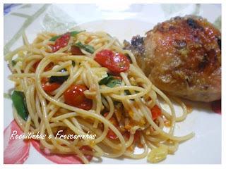 Spaguetti com tomate cereja