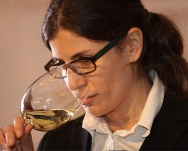 La sommelier Paz Levinson dictará curso de vinos en Bariloche