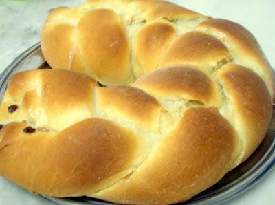 trança de pão doce com recheio de creme