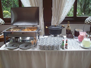 buffet de entrada da feijoada.