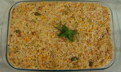 arroz de forno com frango desfiado presunto e mussarela