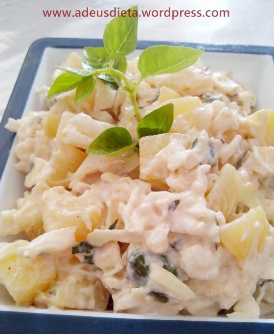 Salada de batata com repolho