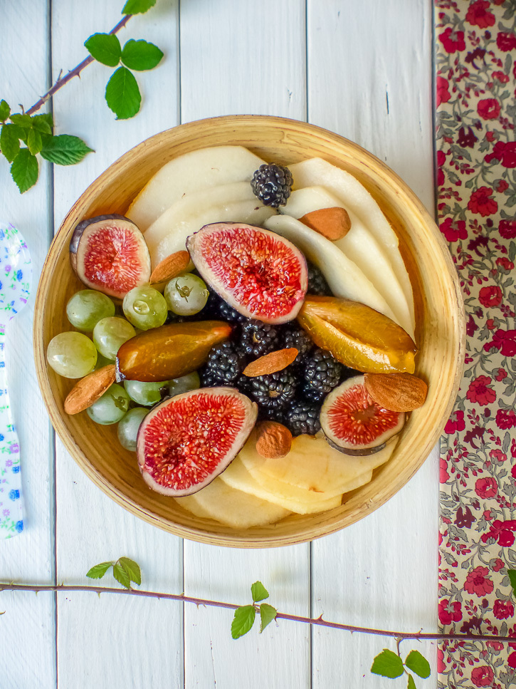 Salade de fruits au sirop de réglisse