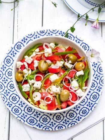 Salade grecque sauce tzatziki #vegan