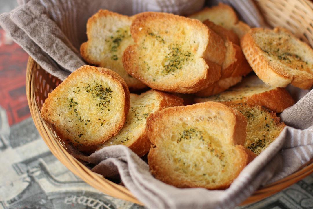 garlic bread nz