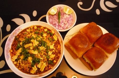 marathi misal pav
