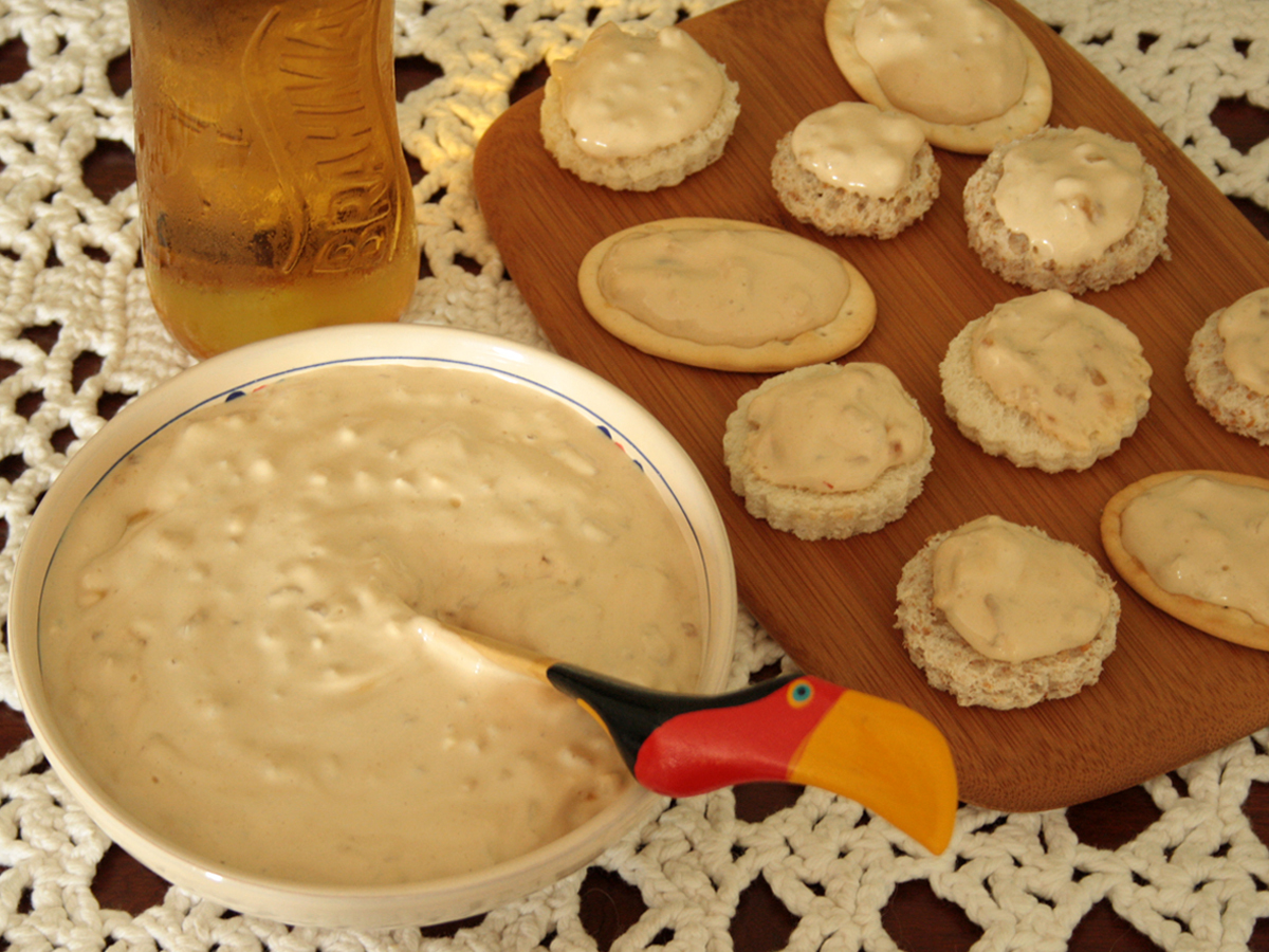Paté veloce di cipolle (Patê de sopa de cebola)