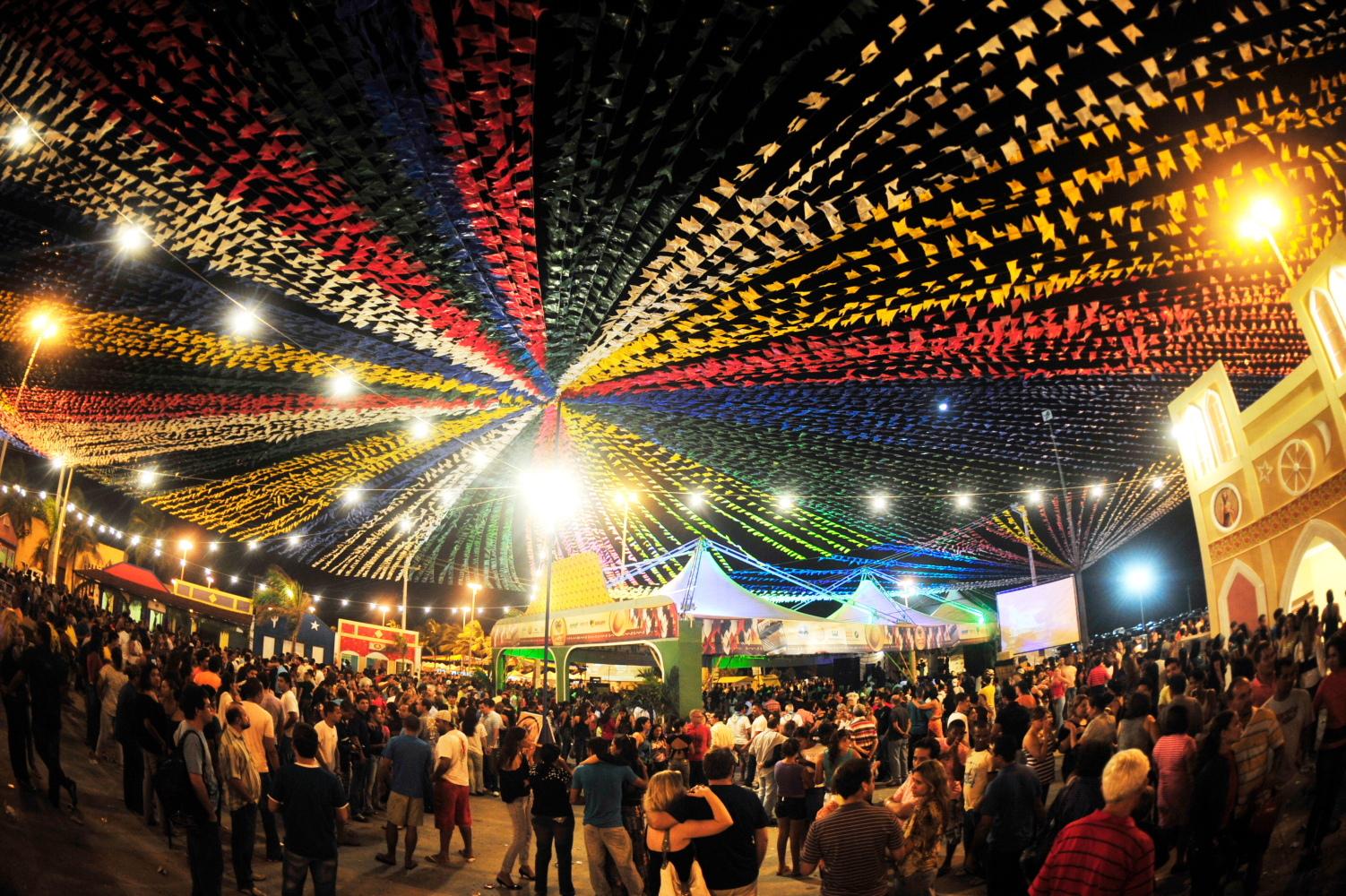 FESTAS JUNINAS – Le feste di metà anno