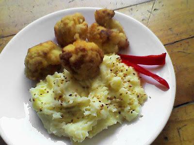 Menú del día: Fritos de coliflor con puré