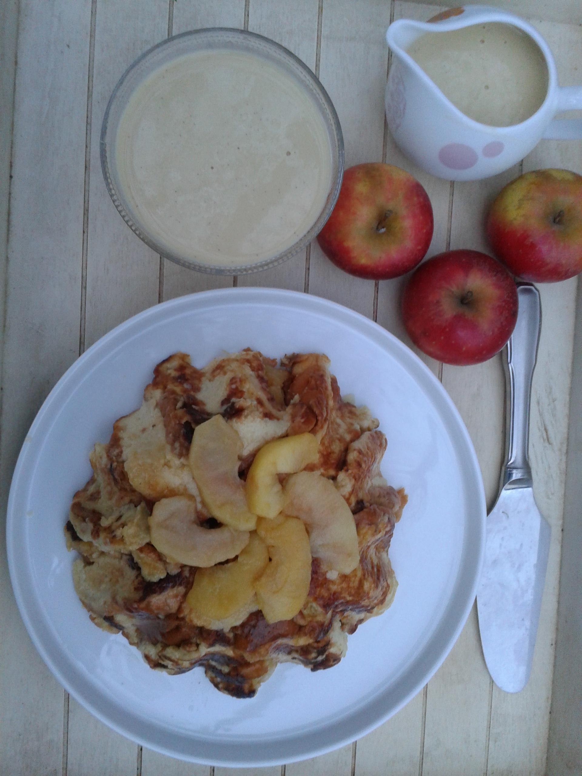 Charlotte aux pommes … ou comment utiliser un reste de brioche