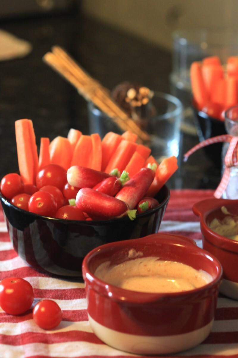 Légumes party et sauce au fromage blanc pour un apéro light ET bon !
