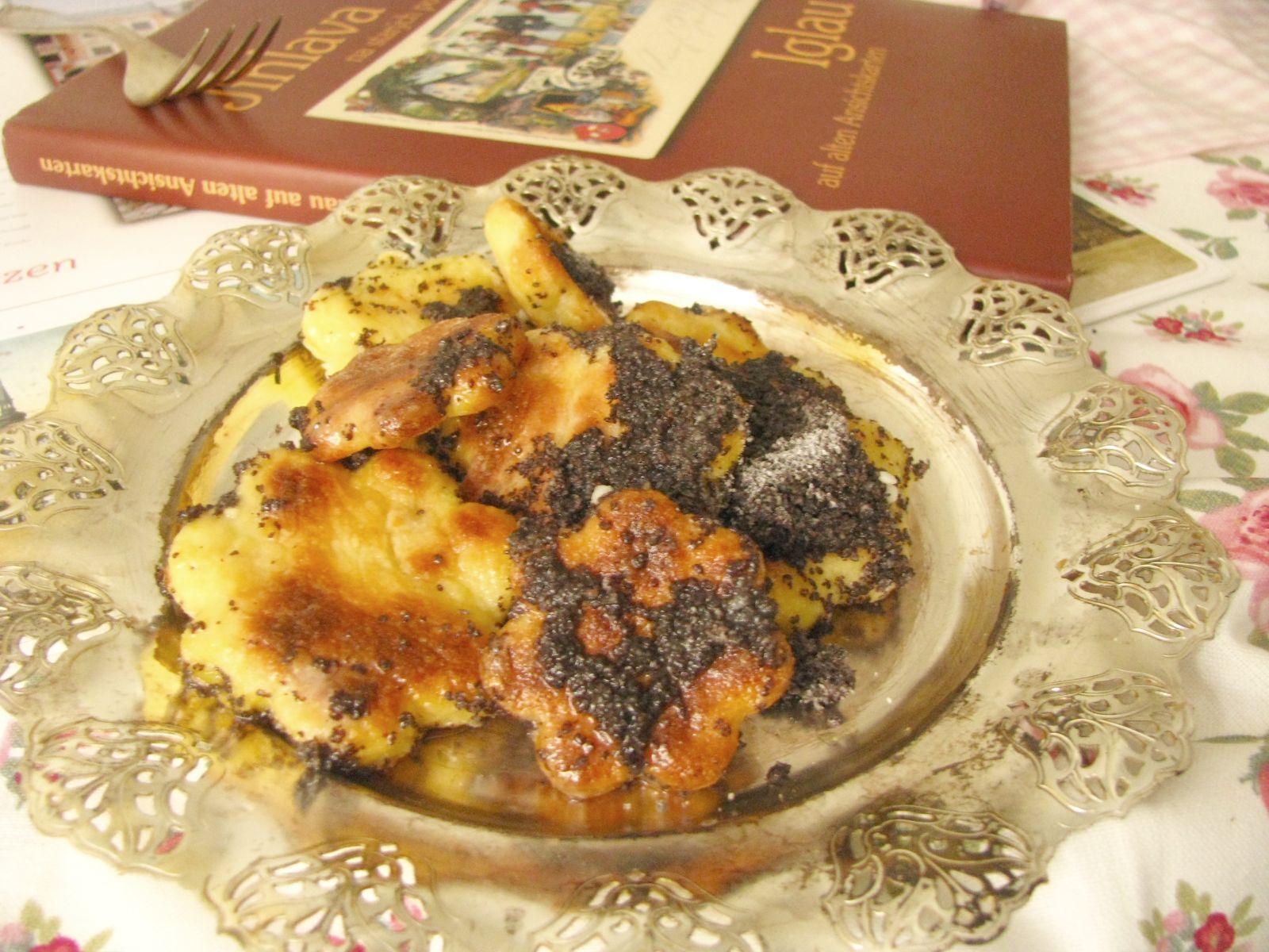 Makové pecinky z Jihlavy – zemiakové posúchy s makom