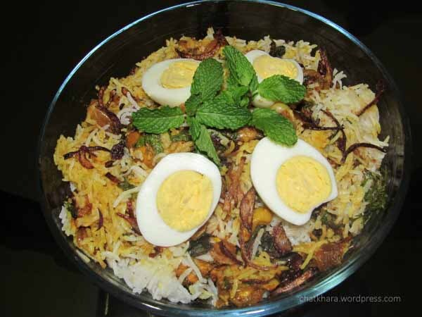 authentic mughlai chicken biryani