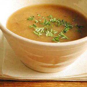 Breve exaltação do tempo e da idade (rs) e uma sopa de cebola sem medo da manteiga, do queijo e do creme de leite