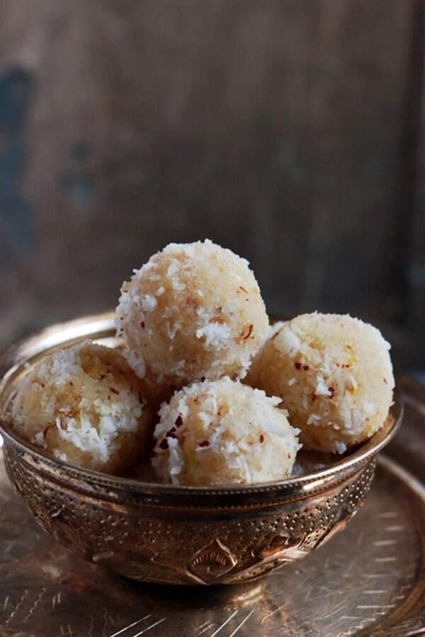 Coconut ladoo recipe with condensed milk | Easy sweet recipes
