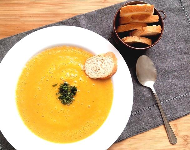 Sopa de legumes superprática