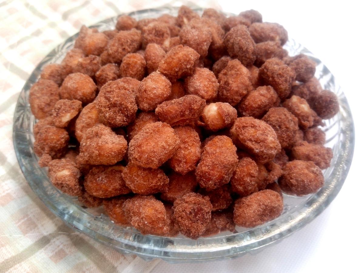 Amendoim doce (pralinê)