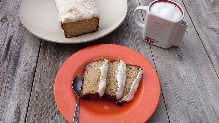 Banana bread with ginger frosting