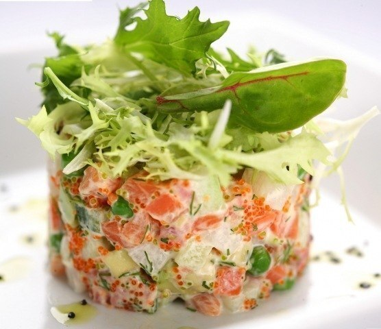 салат из слабосоленой семги без майонеза