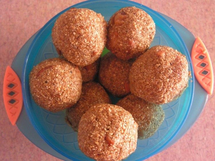 Foxtail millet laddoos(Navane laddoo)
