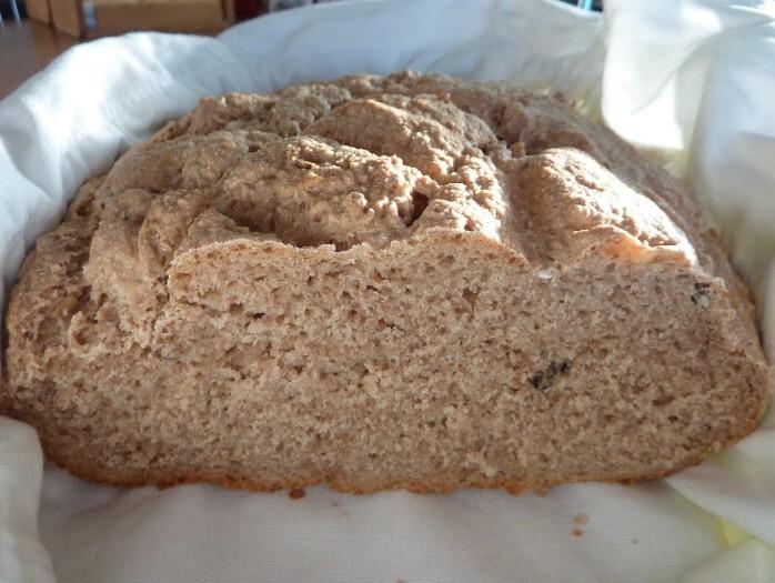 CelozrnnĂ˝ chlieb s grahamovou mĂşkou