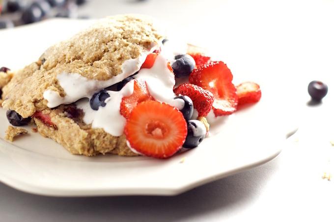 Scones de berries: como postre o desayuno