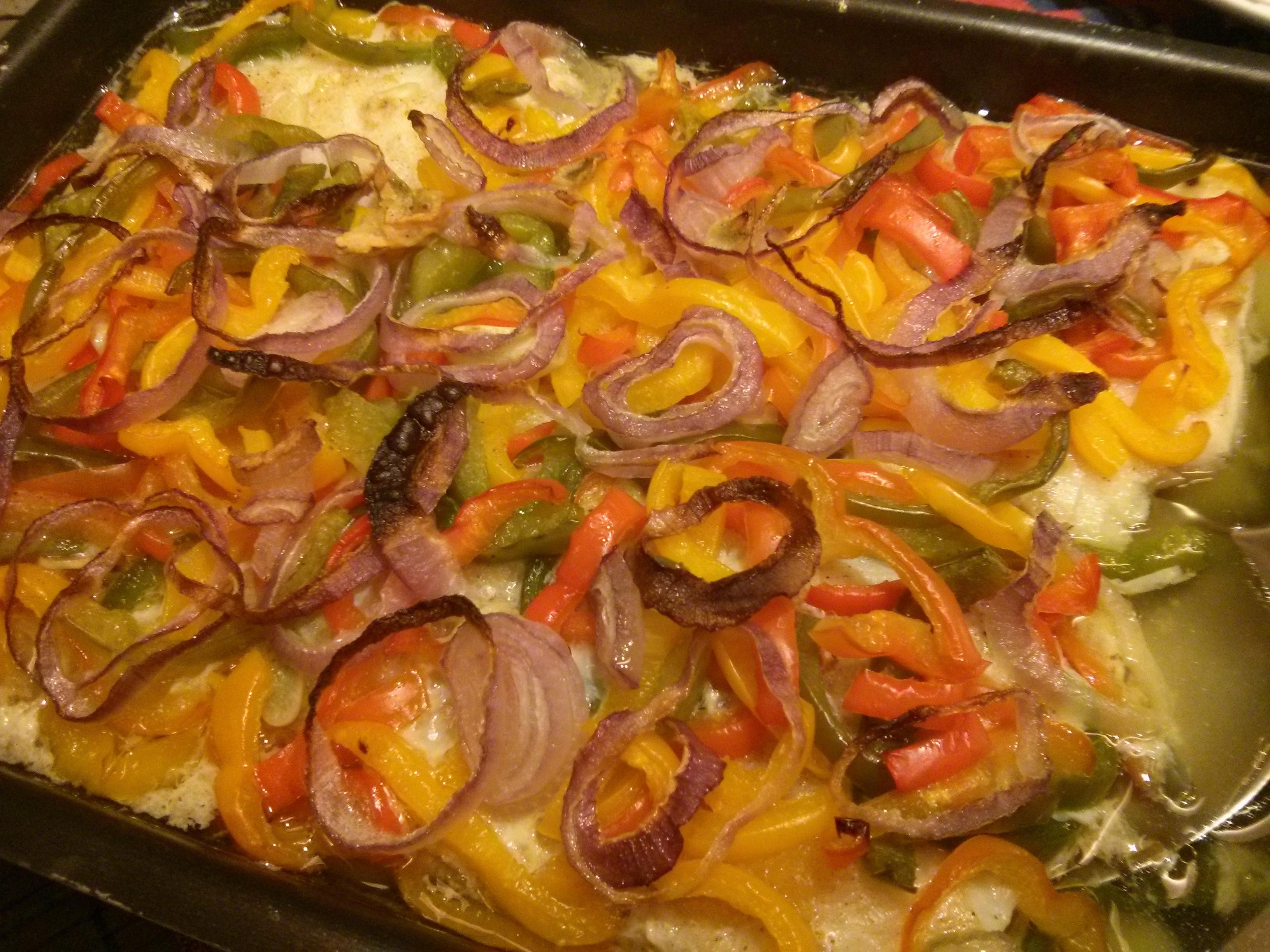 Filé de tilápia assado com legumes