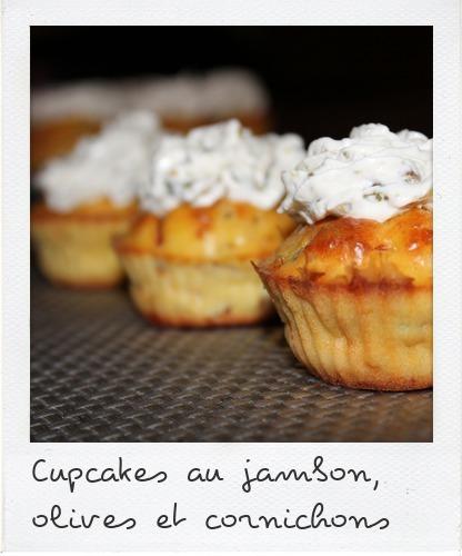 Cupcakes au jambon, olives et cornichons