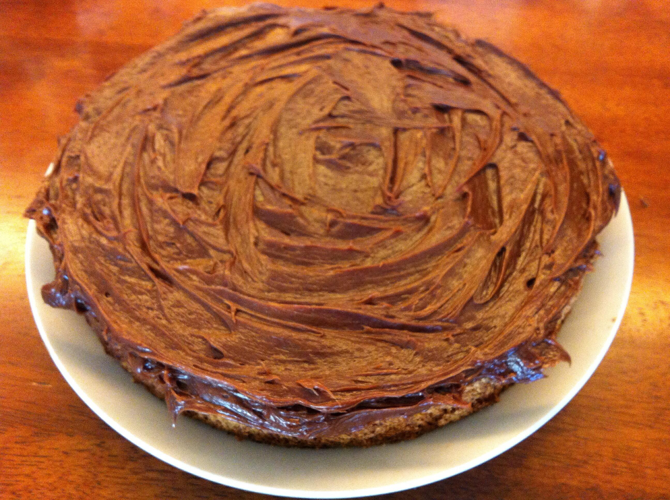 Sjokoladekake med nøttebunn