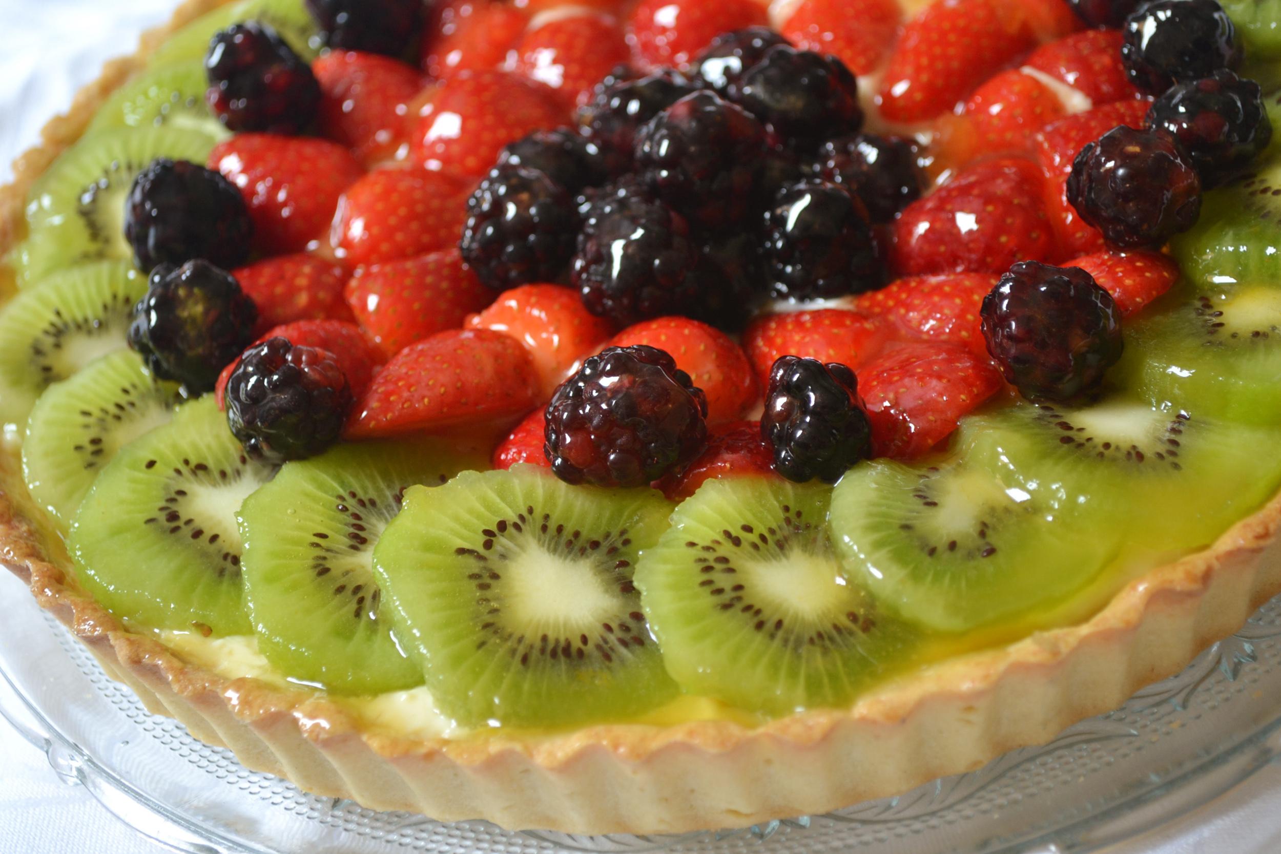de torta de frutas com brilho de gel