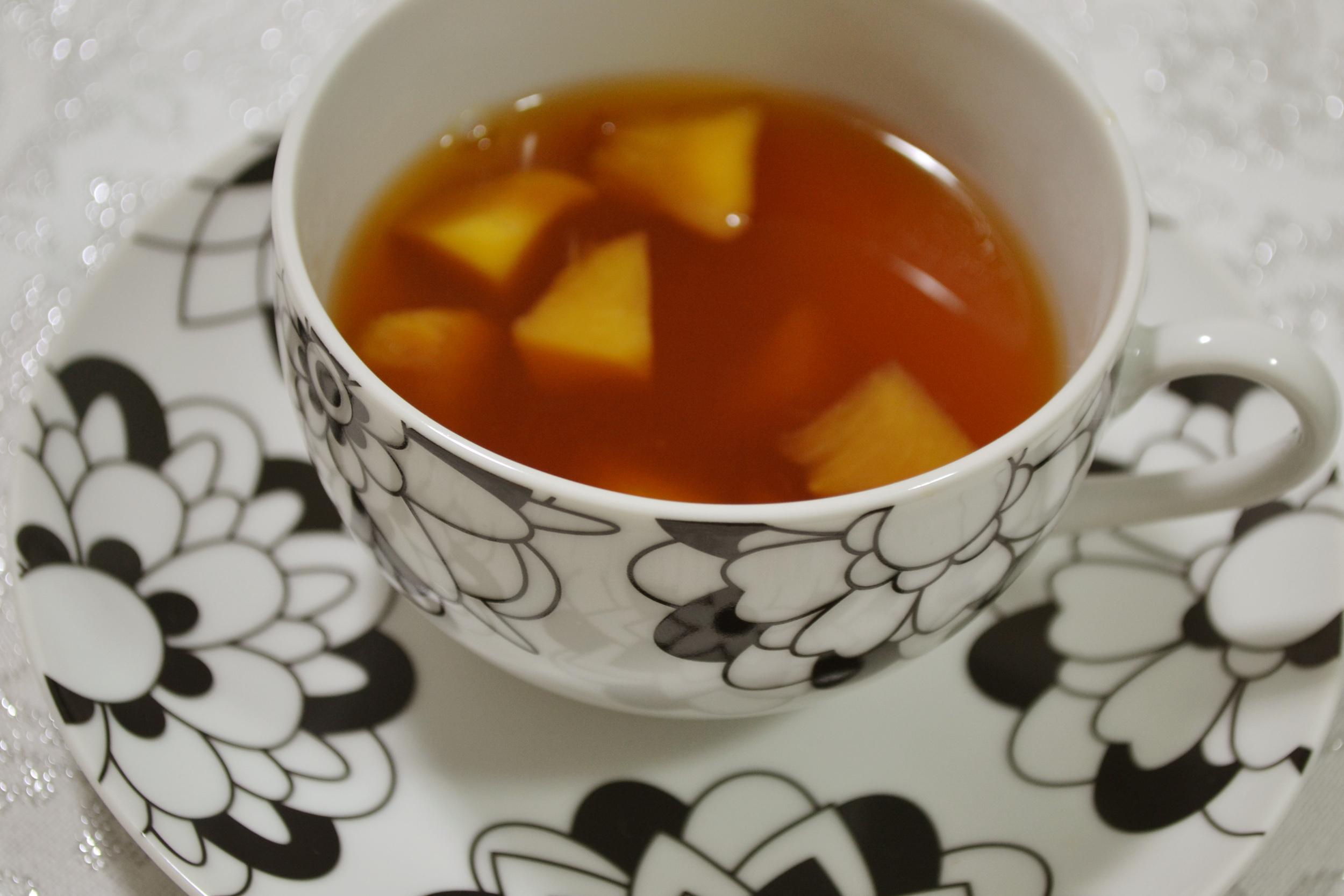 Chá de especiarias e pêssego
