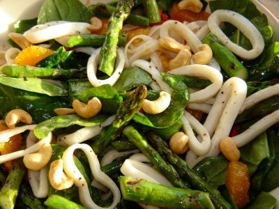 Chargrilled Calamari, Asparagus & Rice Noodle Salad Recipe