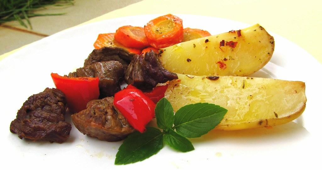 Carne com Batata e Cenoura