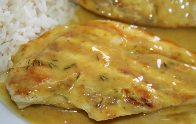 Pollo a la Crema de Curry, Miel y Mostaza