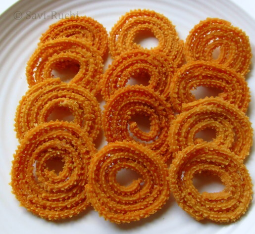 chakli with rice flour and besan