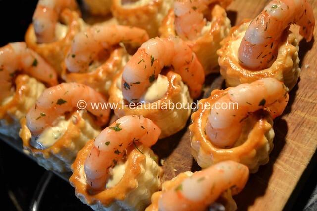 Bouchées aux Crevettes Mayonnaise Tomates Séchées et Câpres