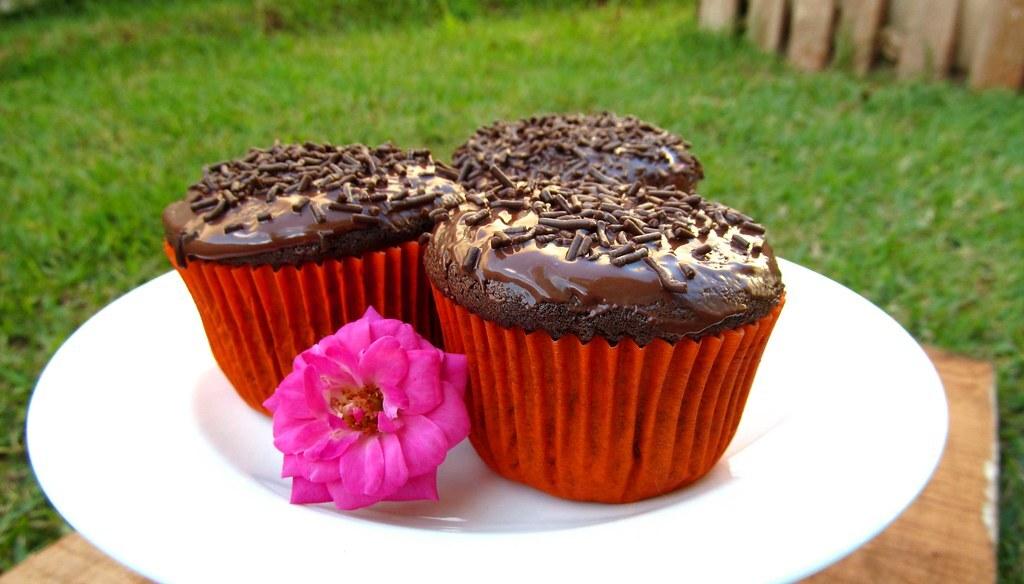 Cupcake de Chocolate com Cobertura de Chocolate