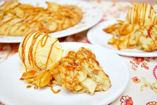 Caramel Apple Crostada