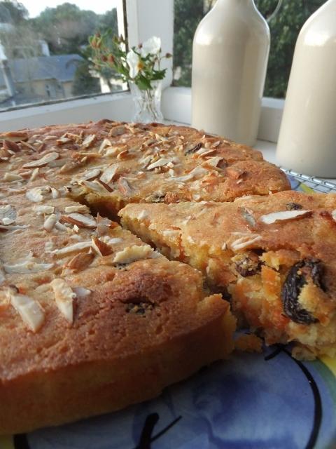 Nigella's Venetian Carrot Cake