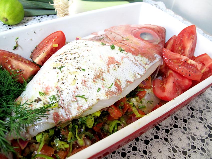 do peixe bonito recheado assado no forno