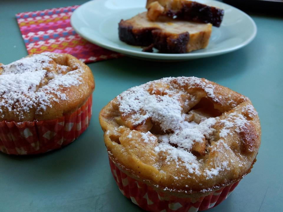 Colegiales o Budin de pan chileno