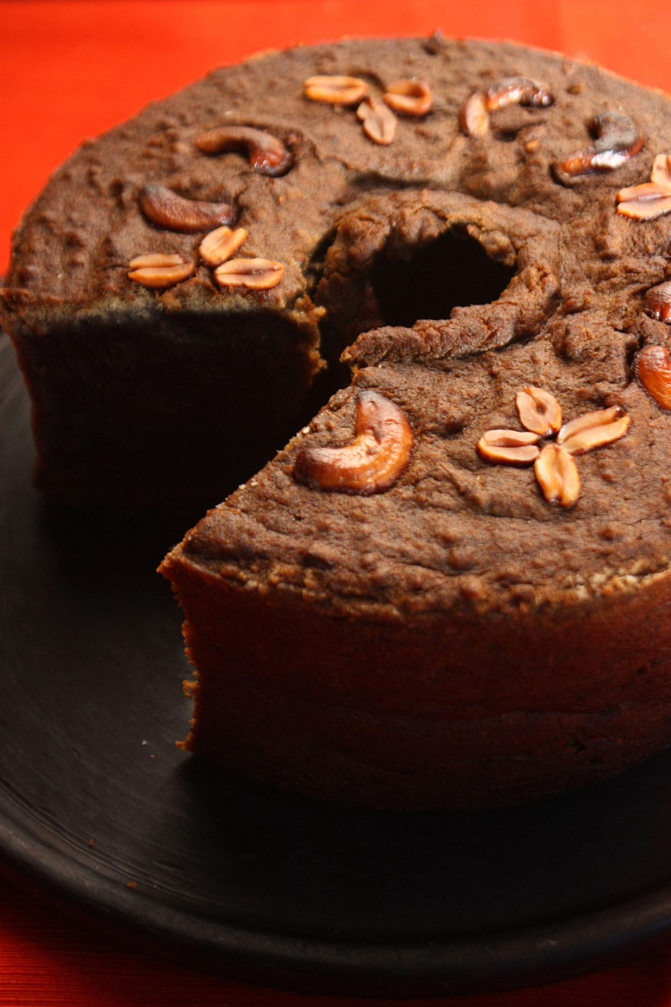 bolo de mandioca como fazer com pedaços de mandioca crua