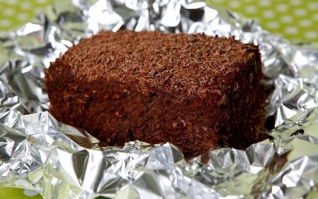 Receita de Bolo gelado de chocolate Doce favorito Carlos Adão