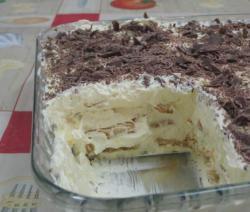 Como fazer uma torta de bolacha com leite condensado e creme de leite e chocolate