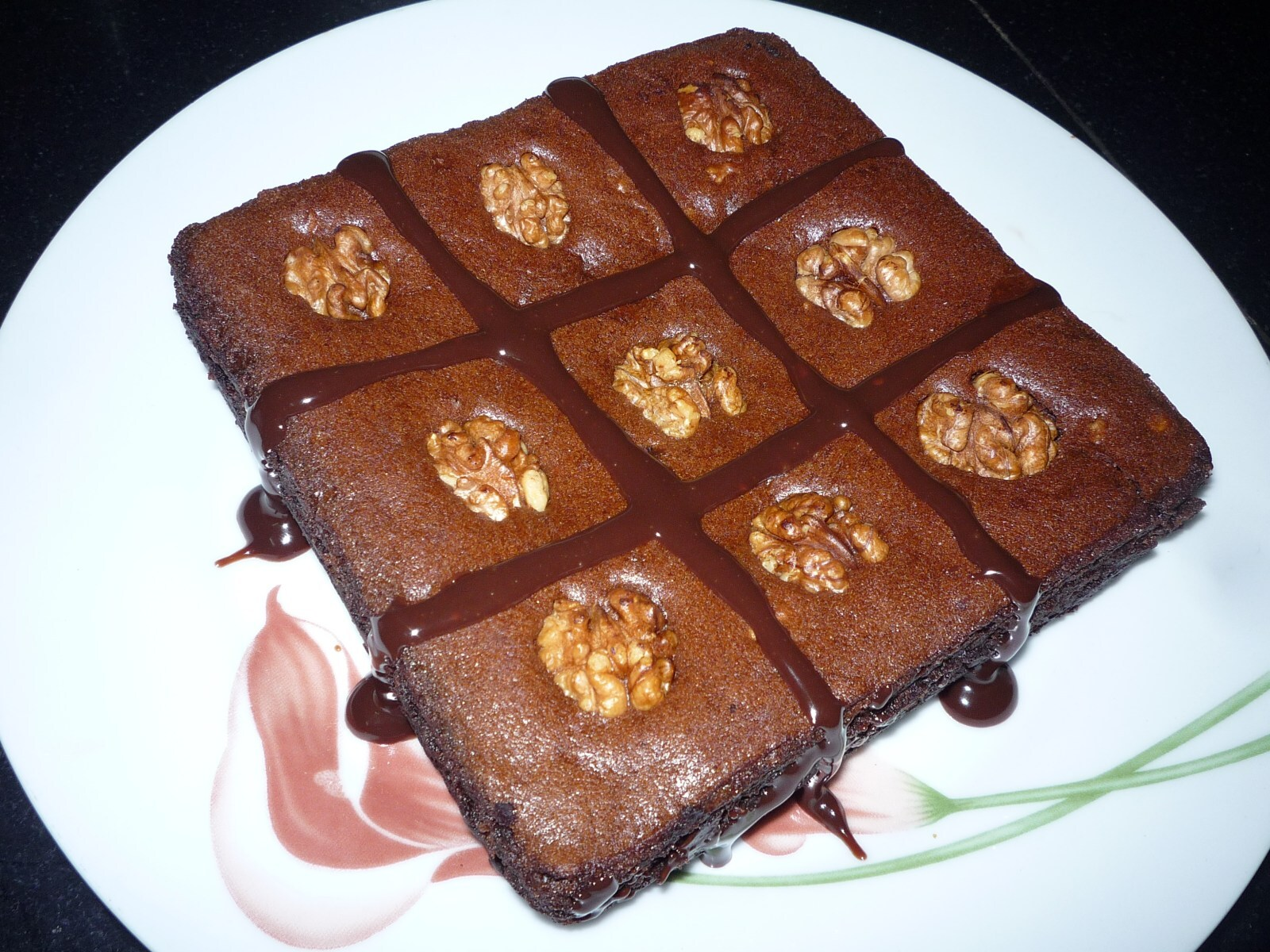 Triple Chocolate-Walnut Brownie Cake (Eggless)